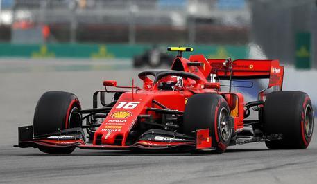 Ferrari, è una doccia gelata Vettel out, Leclerc solo 3°