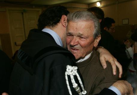 Ferruccio Laffi, al termine della lettura della sentenza per la strage nazista di Marzabotto © ANSA