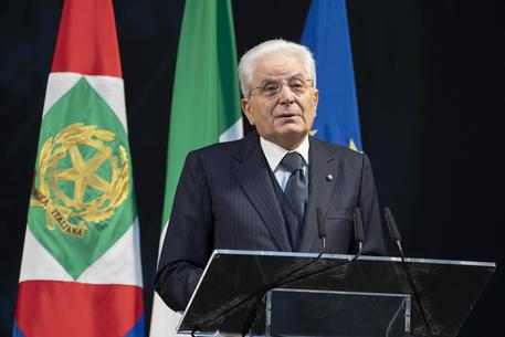 Shoah: Mattarella, 'mondo non abbassi mai guardia e vigilanza contro antisemitismo'