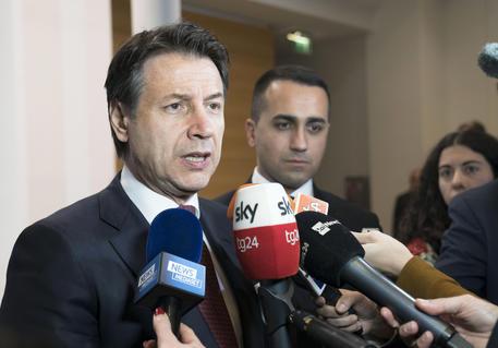 Gregoretti: scontro Conte-Salvini. Il premier: