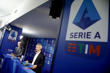 Serie A, 10 partite su 124 si giocheranno alle 17,15