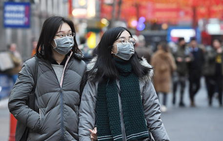 Virus Cina, un caso sospetto a Bari: donna rientrava da Wuhan