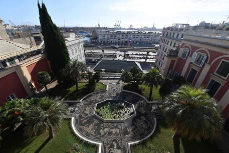 Genova tra le