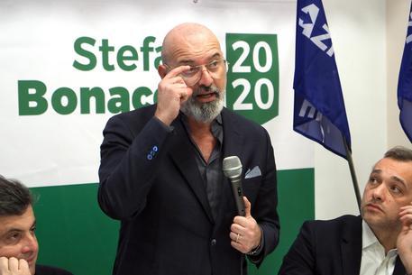 Emilia Romagna, arroganza di Bonaccini: non ho un'avversaria