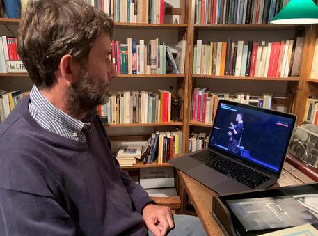 Coronavirus, Franceschini: 'Mi impegno che la chiusura sia più breve possibile'