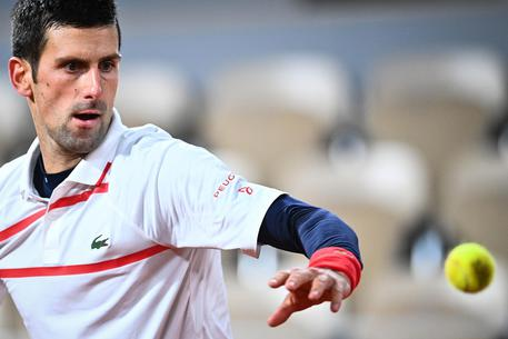 Nadal schianta Djokovic e trionfa al Roland Garros
