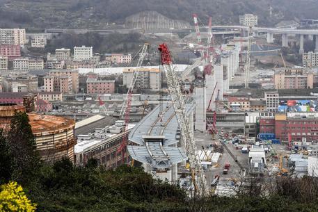 La ricostruzione del ponte di Genova procede spedita