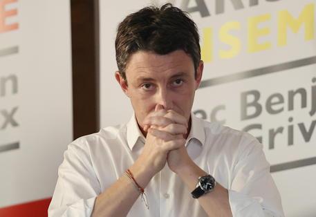 Scandalo sessuale, abbandona il candidato sindaco di Macron