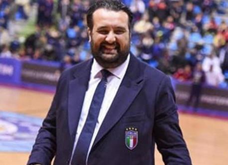 Calcio a 5: informazione riservata in cambio di escort, si dimette Montemurro