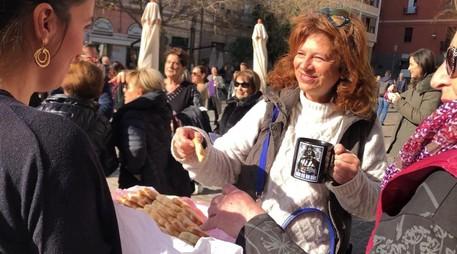 """""""No alle auto"""", flash mob nel Corso"""