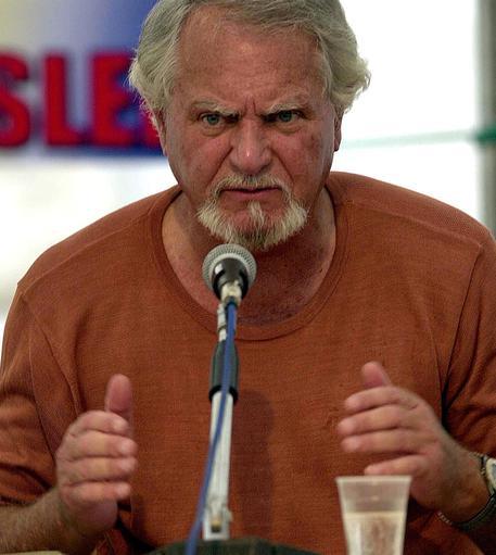 Addio a Clive Cussler, maestro d'avventura - Ultima Ora