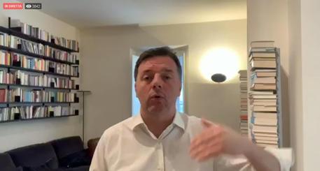 Coronavirus, Renzi: ok regole quarantena ma no show governo su Facebook