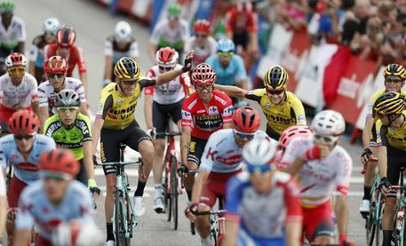 Coronavirus: la Vuelta 2020 non partirà dall'Olanda