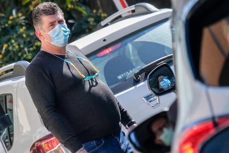 Boom di contagi, stop ricoveri all'ospedale di Pozzuoli