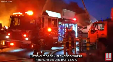 San Francisco, un grosso incendio distrugge parte del molo