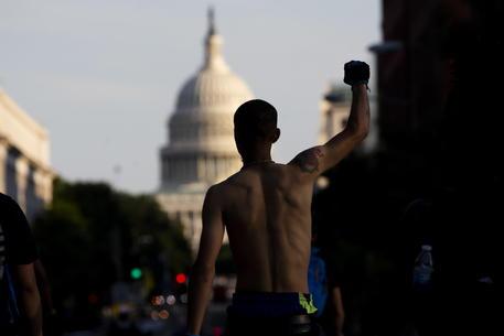 Usa: via libera della Camera a progetto di riforma della Polizia