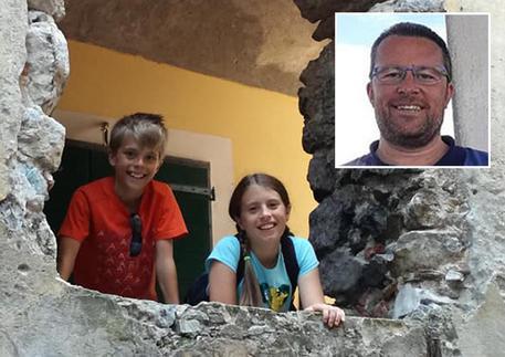 Prima uccide i bambini, poi si toglie la vita: dramma in vacanza