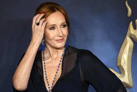 Emma Watson contro J.K. Rowling per i tweet transfobici