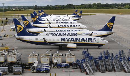 Covid-19, Ryanair perde 185 milioni in soli 3 mesi