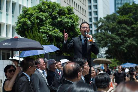 Hong Kong, Joshua Wong escluso da elezioni legislative