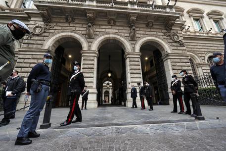 Banca d'Italia: debito italiano sempre più su, mentre entrate tributarie calano