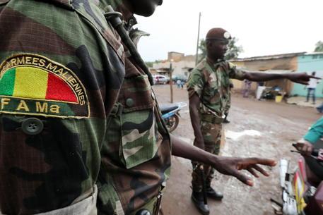 Golpe in Mali, l'esercito costringe il presidente alle dimissioni