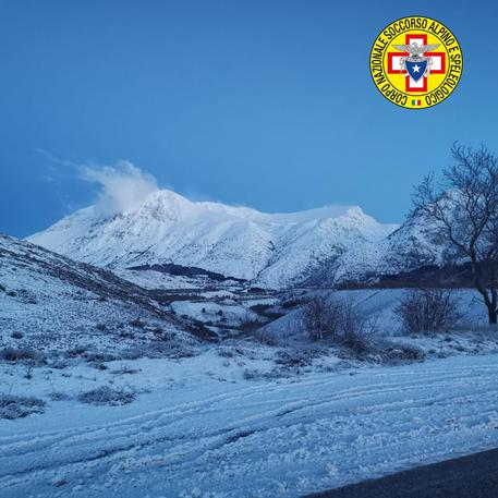 Abruzzo, continuano le ricerche dei quattro dispersi sul Monte Velino