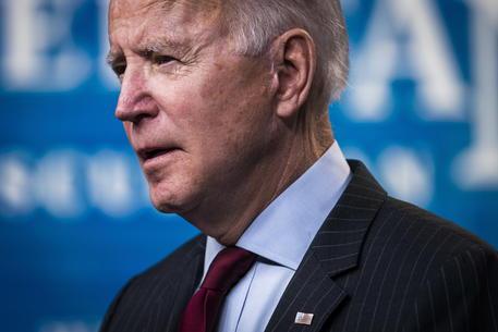 Biden mostra i muscoli e ordina il suo primo raid militare