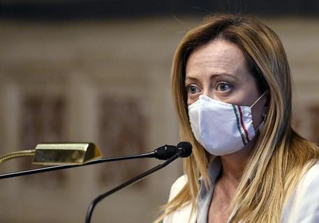 Insulti a Giorgia Meloni, ecco cosa rischia il professor Giovanni Gozzini