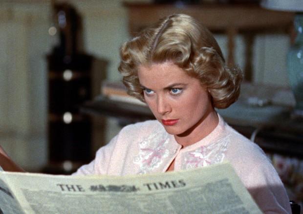 Una foto di scena del film 'Il delitto perfetto', di Alfred Hitchcock con Ray Milland e Grace Kelly (ANSA)