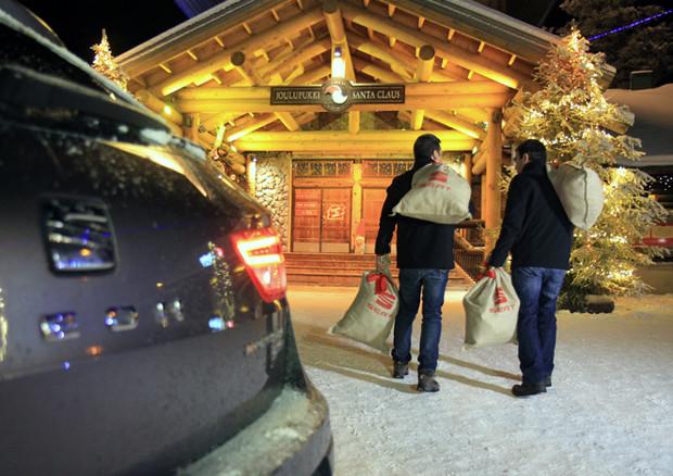 Babbo Natale In Spagnolo.Missione Babbo Natale Seat Leon X Perience Va In Lapponia
