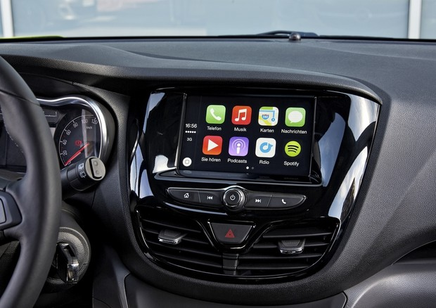 android auto e apple car play pronti al debutto sulle opel componenti tech. Black Bedroom Furniture Sets. Home Design Ideas