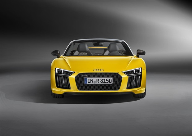 Audi, al via commercializzazione di R8 Spyder V10