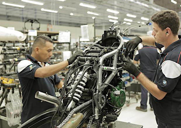 bmw apre in brasile suo primo impianto moto fuori germania