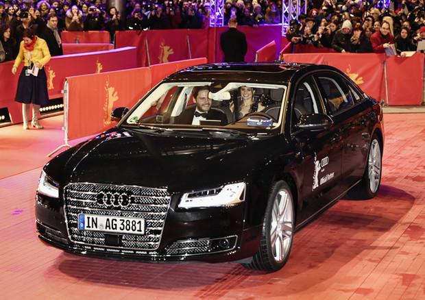 A Berlino attore arriva su red carpet con auto senza autista
