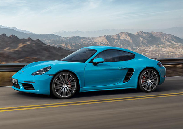 Cayman: la Porsche è più accessibile