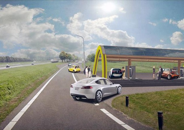 Dal 2025 le auto a benzina/diesel potrebbero esser proibite. In Olanda