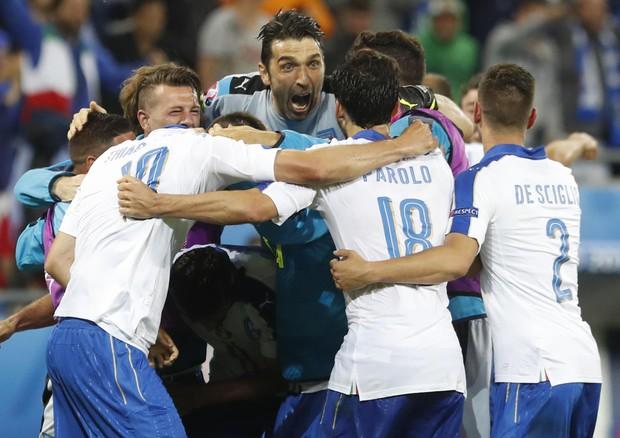 Gli Azzurri contro il Belgio (foto: AP)