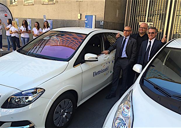 Nissan Leaf Enel Edition: foto e caratteristiche