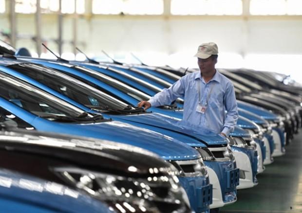 Samsung punta sull'auto elettrica e investe su BYD