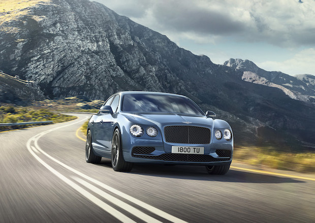 Bentley: svelata la Flying Spur W12 S