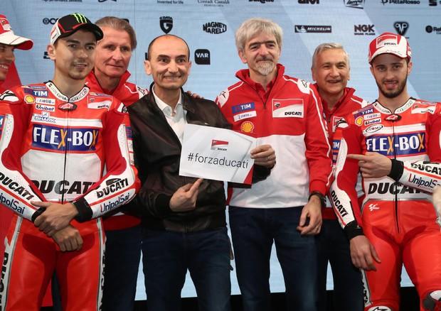 Moto GP, presentata la Ducati. Lorenzo:
