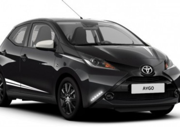 Toyota Aygo X-Black Limited Edition: carattere sportivo per la piccola giapponese