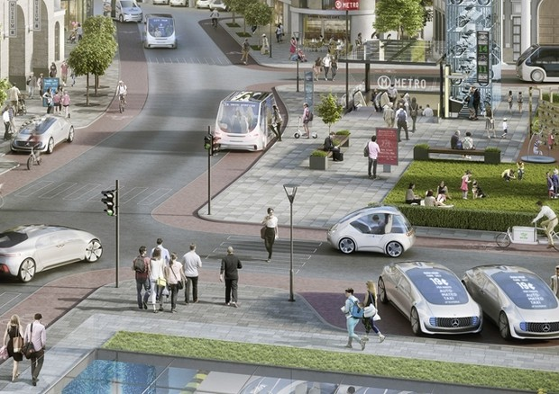 Bosch-Daimler, da 2020 taxi on demand in giro soli in città
