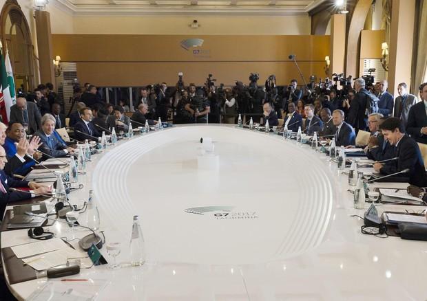 Chiusi i lavori del G7 di Taormina: accordi comuni e soddisfazione. Sul clima...$