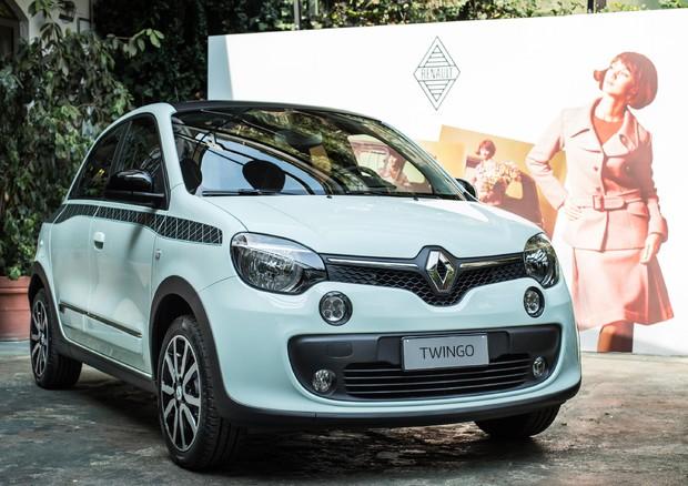 Renault Twingo: FOTO e PREZZI della ricca versione La Parisienne