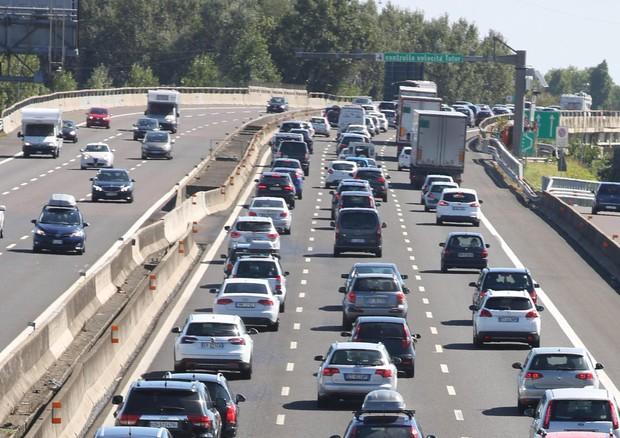 Stop a benzina e diesel dal 2040. L'Italia sposa la linea verde