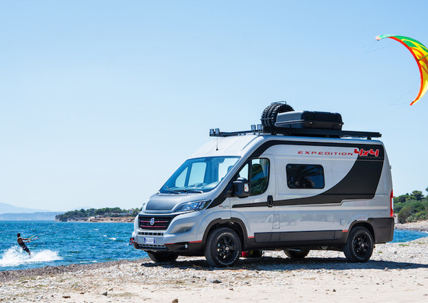 divertimento e avventura con il fiat ducato 4x4 expedition prove e novit. Black Bedroom Furniture Sets. Home Design Ideas