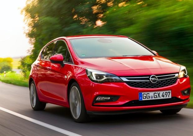 Opel debutta al Salone di Francoforte l'Astra ecoM