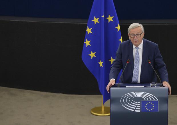 Jean-Claude Juncker in aula a Strasburgo - fonte: PE (foto: Ansa)